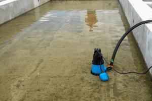 limpieza extracción de agua